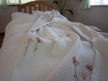 ベッドスプレッド カーロタ