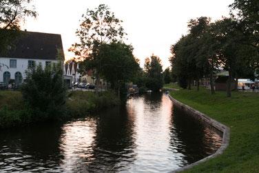Fluss in Friedrichstadt Auszeit Ferienwohnung beachtenswert fotografie