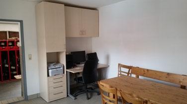 Büro und Aufenthaltsraum