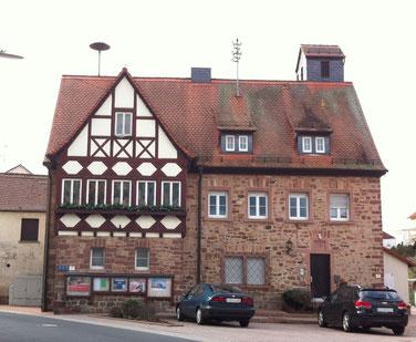 Altes Rathaus mit Feuerwehrgeräteraum