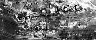 Meiler eines Ölschieferwerkes (Erzingen) im Aufbau. Britische Luftaufnahme, März 1945. (National Collection of Aerial Photography, Edinburgh)