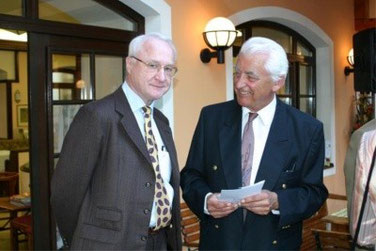Die Herren Krammel und Schmidt von der Schwedisch-Österreichischen bzw. Österreich-Nordischen Gesellschaft