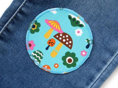 Bild: Knieflicken für Mädchen mit Hase,Dachs,Igel,Blumen und Pilzen