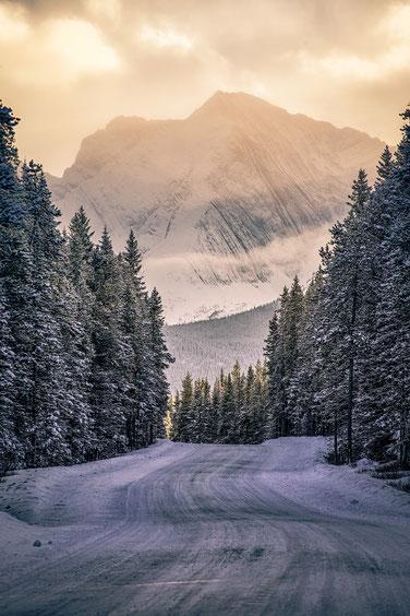 Winter roads in Kananaskis country @InAFaraway_Land