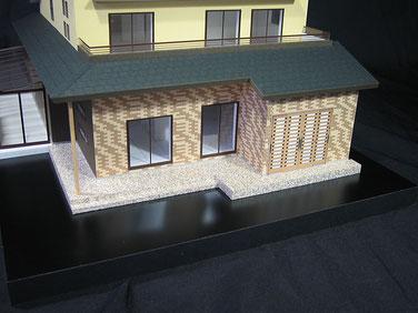 1/50色付きの住宅模型の玄関周り