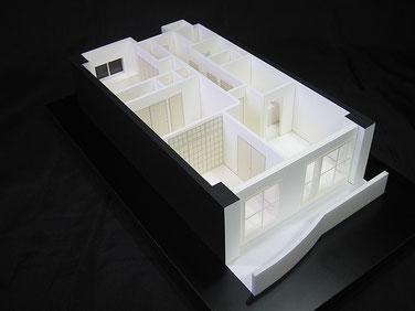 1/50白地マンション内観模型