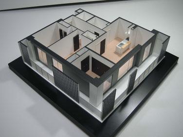 1/50マンション内観模型