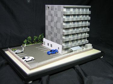 1/100マンション模型(外構付き)