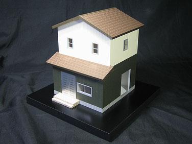 本宅とは別に離れの住宅模型