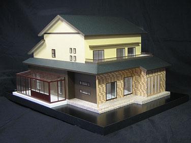 サンルーム付きの1/50色付分解型模型