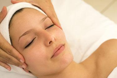 massage visage et cuir chevelu