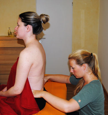 Manuelle Physiotherapie in meiner Praxis in Bielefeld
