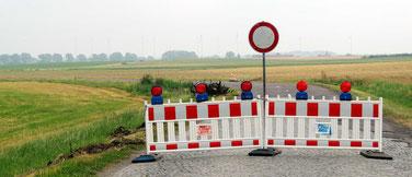 Am Umspannwerk in Weferlingen ist Endstation, Weiterfahrt verboten!