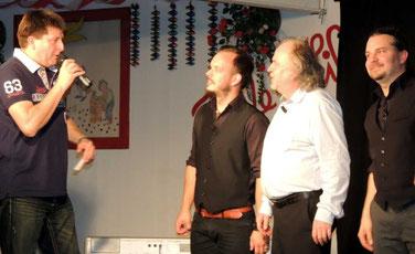 Marco Baumgarten, Präsident vom Gausberger Karnevalverein, bedankte sich bei den Künstlern für den gelungenen Abend.