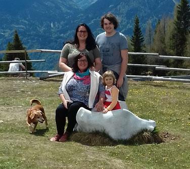Margareta mit ihren Kindern