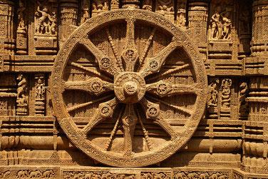 太陽寺院画像検索より