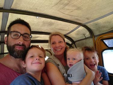 Die papi.lernt.fliegen Familie on tour