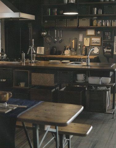 古材・無垢材のオリジナルキッチン