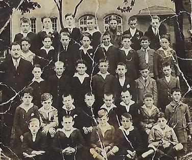 em 1920 mam Maes Théophile