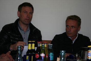 Ingo Anderbrügge und Alfons Engbert (Inhaber Autohäuser KIA Engbert). Foto: Dirk Hantrop