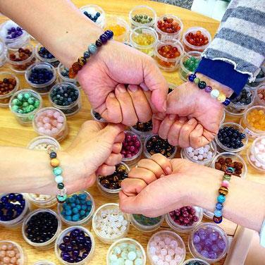 名鉄百貨店 夏のビーズコレクション 天然石ブレス作り体験