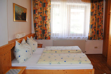 cosy double room at Pension Kirchenwirt, Obervellach