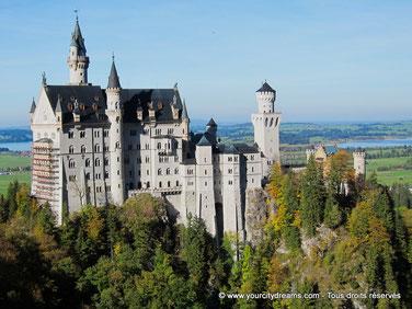 Voyage en Allemagne - le célèbre château de Neuschwanstein, château de Walt Disney, construit par Louis II de Bavière.