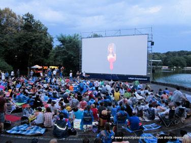 Les cinéma de plein air à Munich sont parfaits pour les familles et sont très appréciés par les enfants - ici Kino, Mond & Sterne