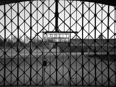 Le camp de concentration de Dachau est un symbôle de la période nazie de l´Allemagne et retrace les pages les plus sombres de cette époque.