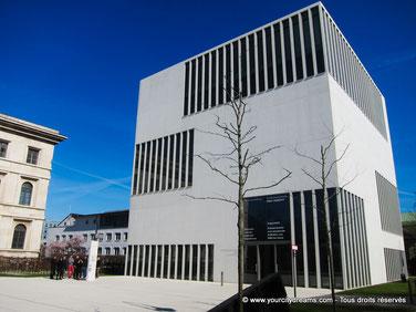 Le musée du national socialisme renseigne sur l´histoire de Munich lors du national socialisme.