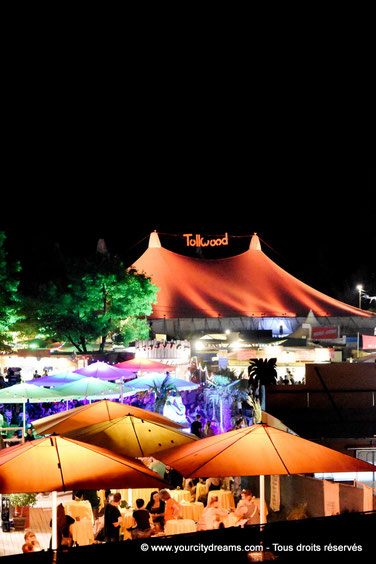 Tollwood tentes