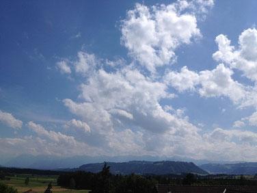 hoch zu den Wolken