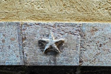 l'étoile indiquait qu'ici, on trouvait le gîte et le couvert