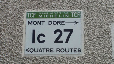 Plaque Michelin, souvenir d'un autre temps.