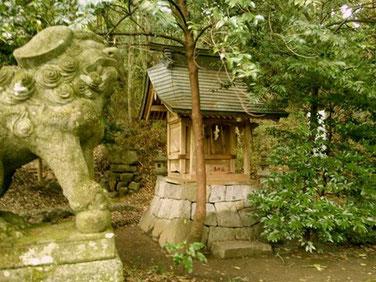 湊川社の写真