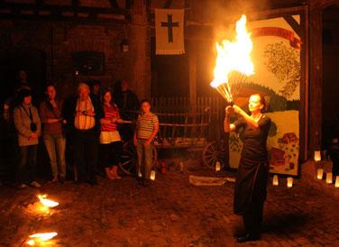 Spielmannshof Seitenroda Feuershow Scheunenfest
