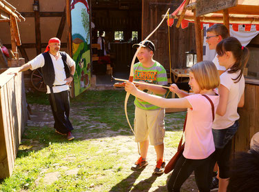 Kindergeburtstag Bogenschießen Armbrustschießen