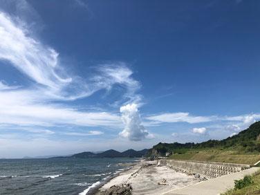 波も無くなり夏空満開~~