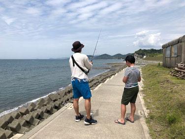 父と息子は釣りへ