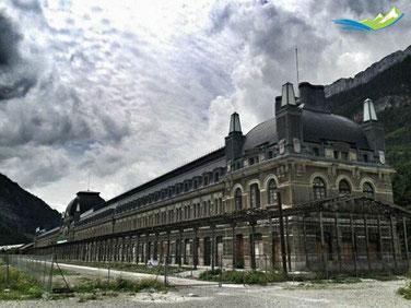 estacion ferrocarril canfranc