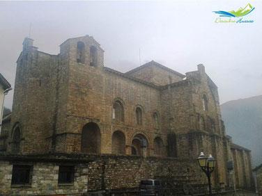 monasterio-de-san-pedro-de-siresa