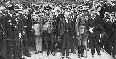 El rey Alfonso XIII y el presidente francés durante la inauguración