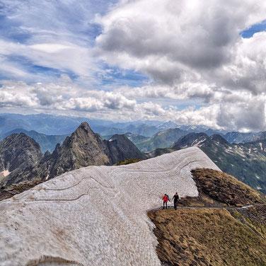 cima del Pico Salvaguardia. Foto gracias a tierrasavbia