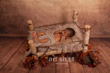 Newborn Fotoshooting NRW beste Neugeborenen Fotografie