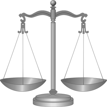 Balance de la justice par Laurence RICOU spécialiste en droit de la famille avocat à Saintes