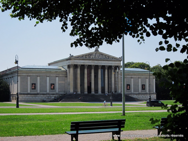 visiter la Königsplatz et ses nombreux musées - à Munich, Bavière