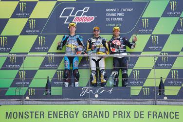 Das Moto2 Podium in Le Mans: Tito Rabat, Tom Lüthi und Johann Zarco