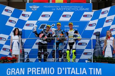 Das Moto2 Podium in Migello mit Johann Zarco, Tito Rabat und Dominique Aegerter