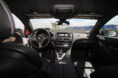 Der Unterschied zu Serienmodellen ist ziemlich klein, hier am BMW M6 zu erkennen
