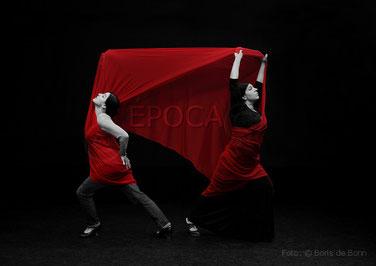 Titelfoto zum Famenco-Bühnenstück Época von/mit den Flamenco-Tänzerinnen Rosa Martínez & Simi / Colorkey-Foto by Boris de Bonn